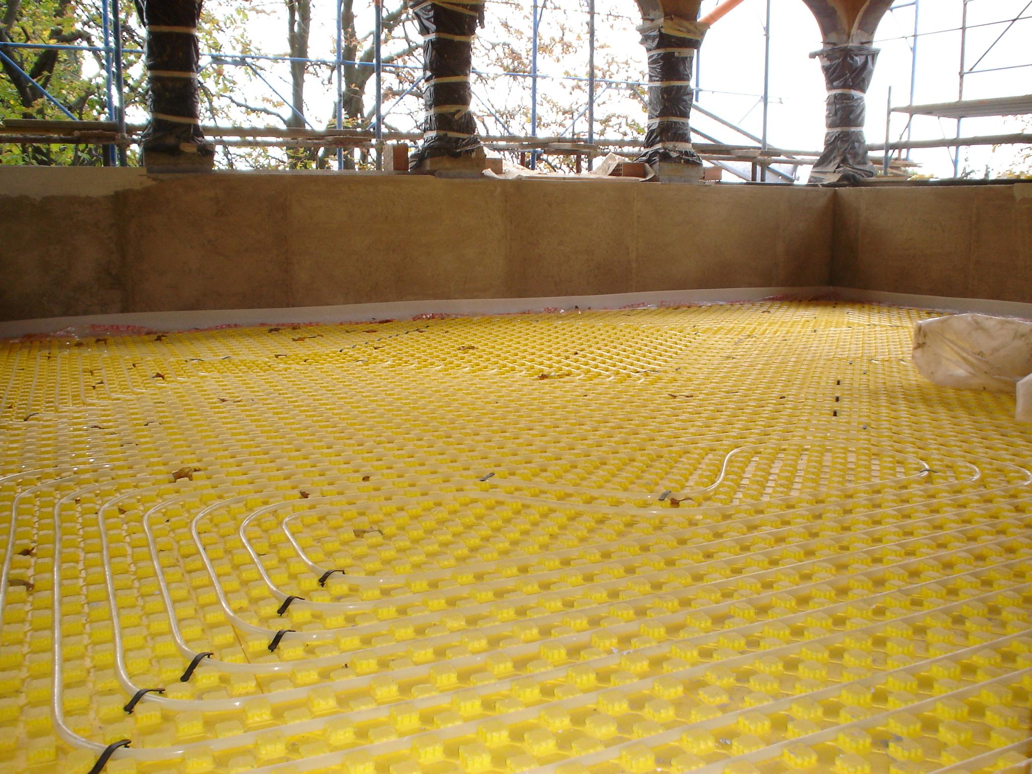 riscaldamento a pavimento realizzato in una villa
